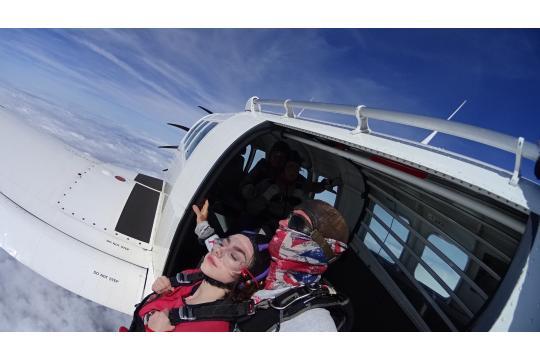 Emily Larke's Skydiving Challenge 2018